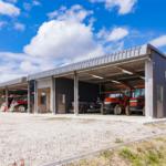 農業用倉庫を建てるには?土地地目変更登記と建築確認申請方法