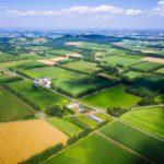 世界が直面する大規模農業の問題点と対策とは