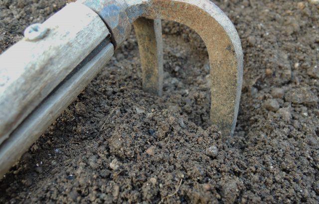 農具を長持ちさせよう!長持ちさせるための手入れの基本とサビ防止に役立つアイデア。