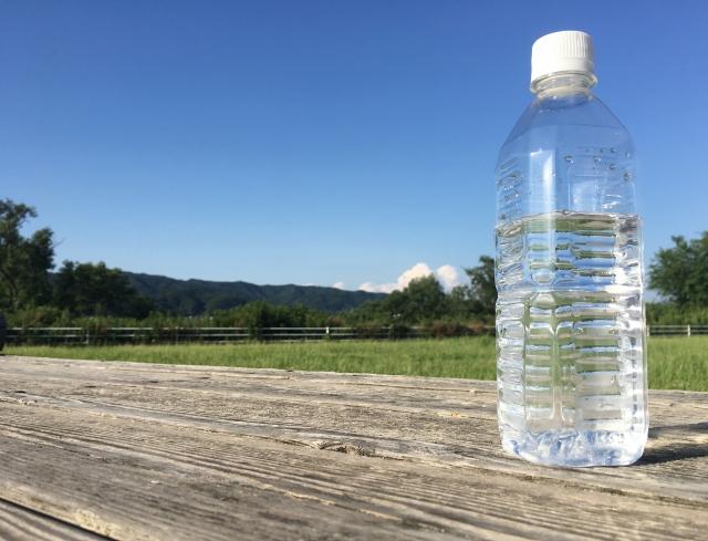 害虫の物理的防除や保温に役立つ!?ペットボトルを活用した農作業アイデアまとめ。 画像3